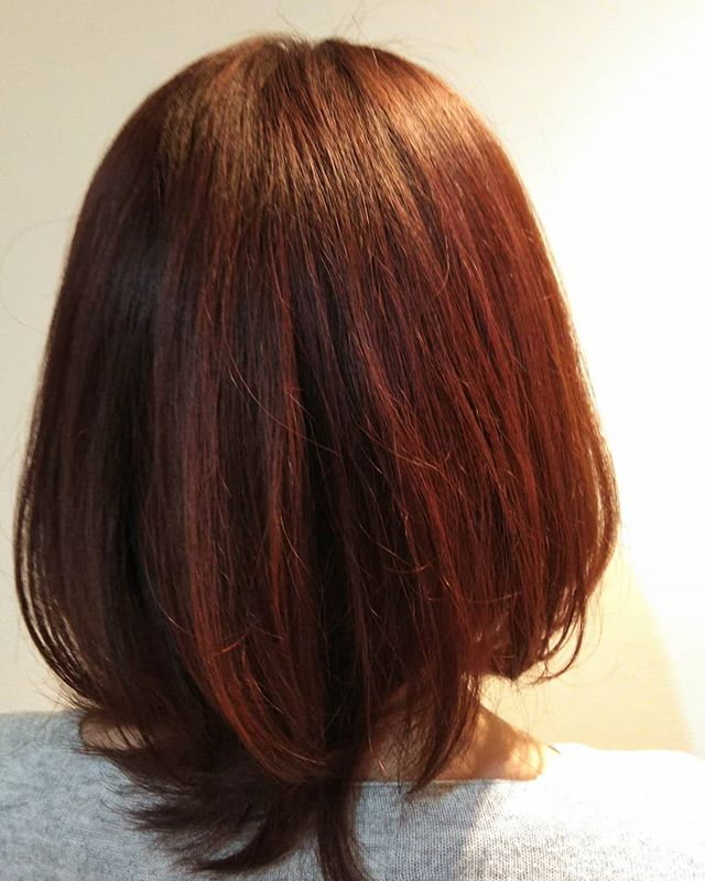 こんにちは!冬は王道の暖色カラーが人気です当日予約もできますのでおでんお待ちしております。#animoFIORENTE  #三郷 #美容室 #ヘアスタイル #ヘアカラー #当日予約ok  #マツエク #ネイル #美容師 #薄毛 #ミディアム #ショートボブ  #美容院