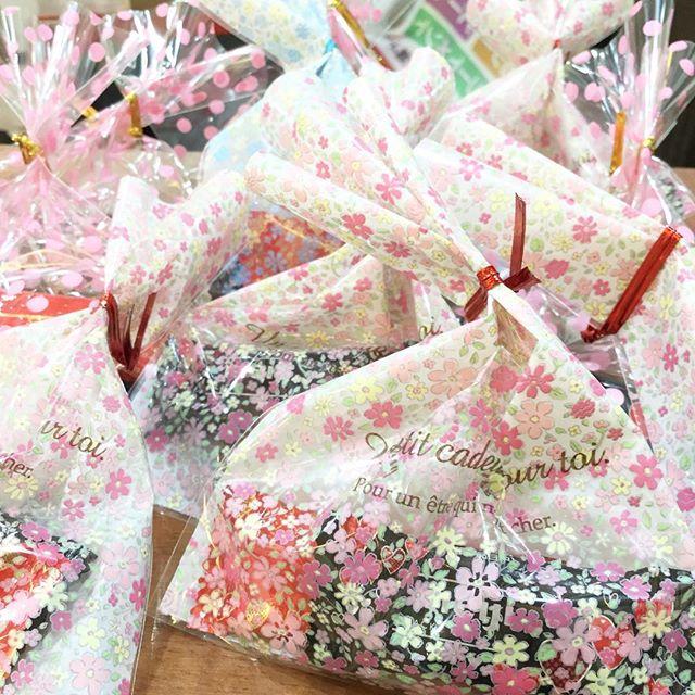 バレンタインプレゼント行ってます(*´꒳`*)吉川店店長 渡辺梢#animo #吉川美容室 #吉川 #吉川美南 #バレンタイン #バレンタインチョコ
